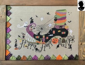 Sara Guermani Happy Halloween