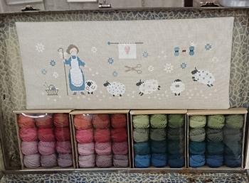 CE0157 Boules de laine