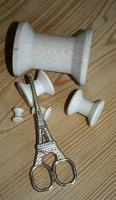 Ciseaux Tour Eiffel dorés