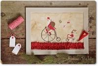 Mme Chantilly Santa on the bike